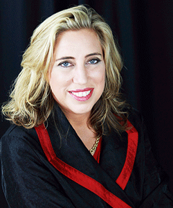 Suzanne Loubris